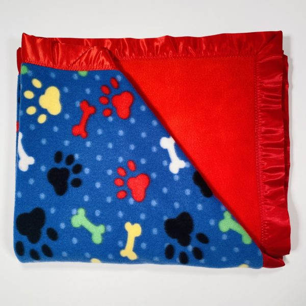 BLKT-FL-PAWSBONES-BLUE-SOLID-RED-RED