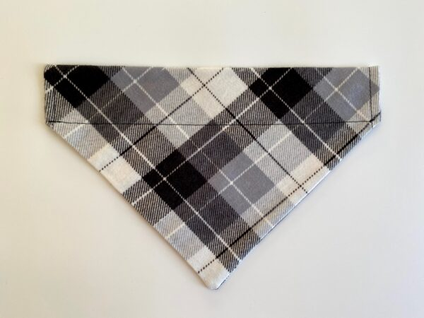 white grey stripe plaid